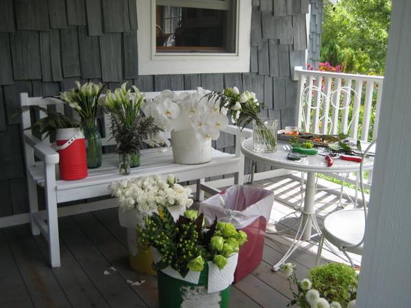 Wedding_porchflowers