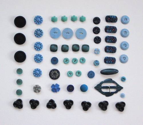Vintage_blue_buttons