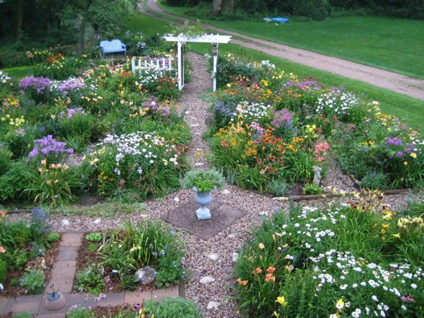 Garden_trellis_aug